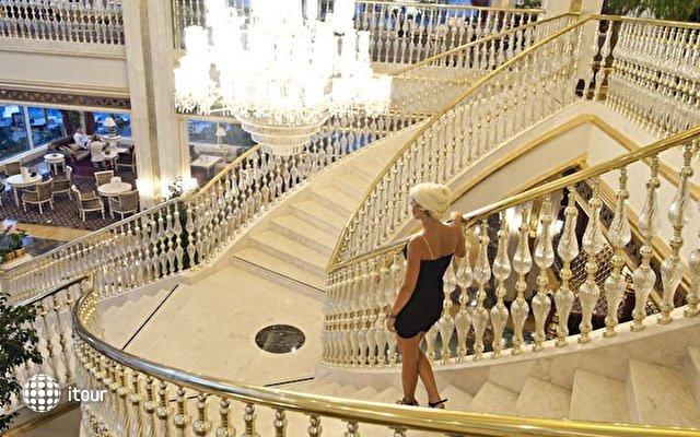 Crystal Palace Luxury Resort & Spa 8