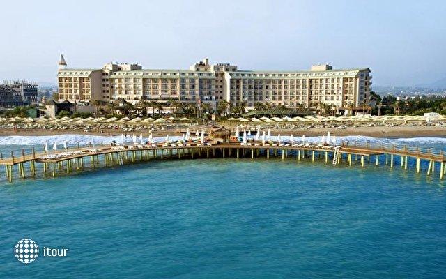 Lyra De Luxe Hotel 1