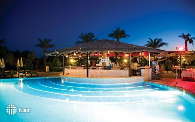 Club Felicia Village 7