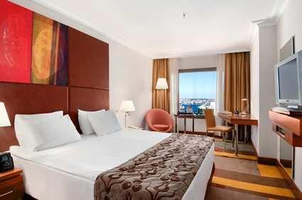 Hilton Parksa Istanbul Hotel 9