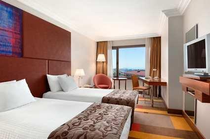 Hilton Parksa Istanbul Hotel 6