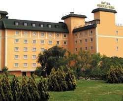 Allstar Green Park Merter Hotel  1