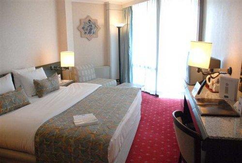 Atakoy Marina Hotel 2
