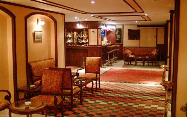 Hali Hotel 2