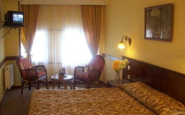 Hali Hotel 3