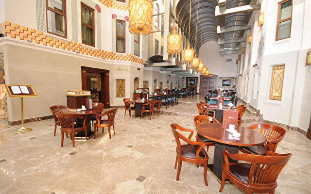 Crowne Plaza Old City 7
