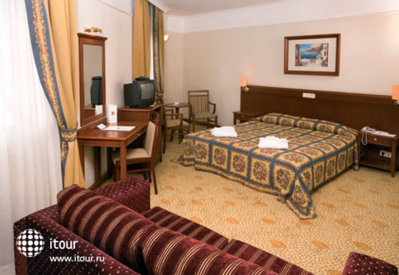 Dila Hotel 4
