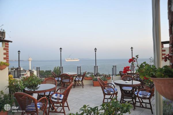 Artefes Hotel 6