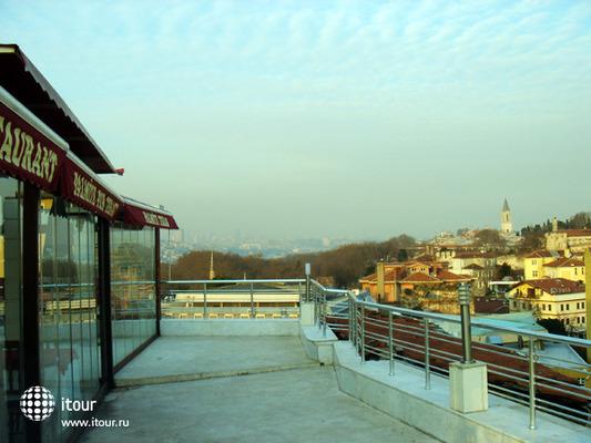 Ares Hotel Sultanahmet 10