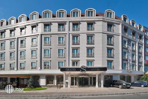 Grand S Hotel 1