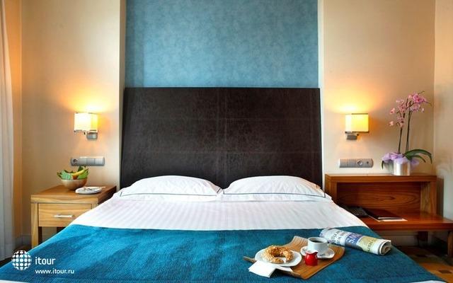 Housez Suites & Apartments 4