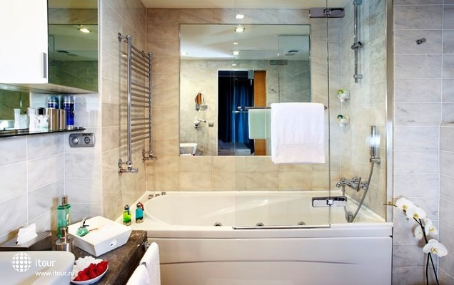 Housez Suites & Apartments 5