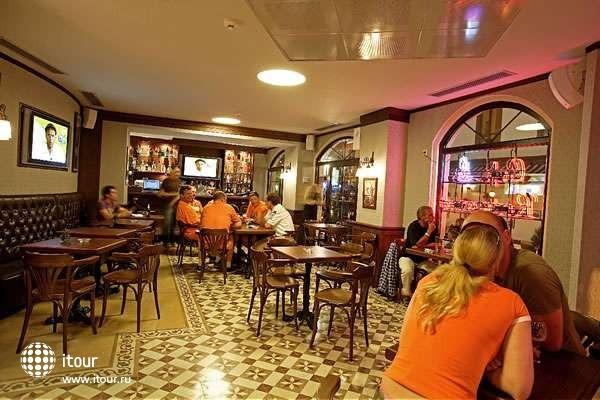 Faros Hotel 4