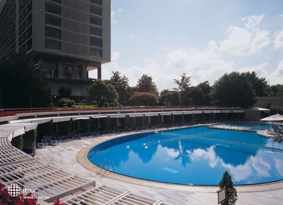 Hilton Plaza 2