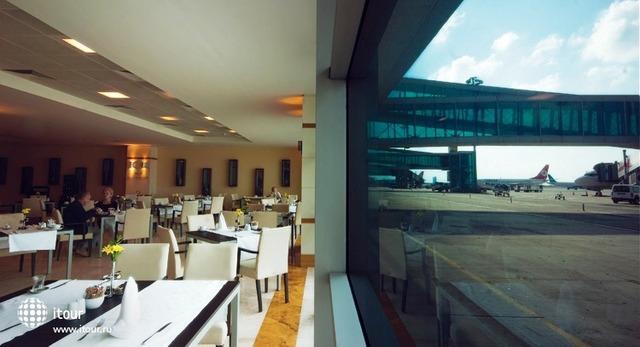 Tav Airport 8