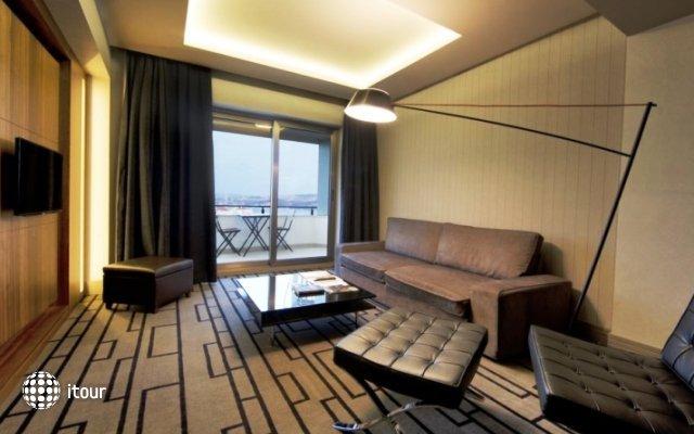 Collage Cihangir Hotel 7