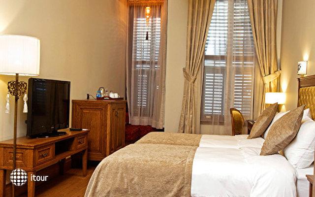 Celine Hotel 5