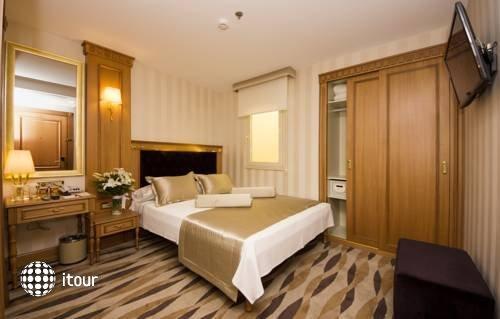 Aprilis Hotel 2