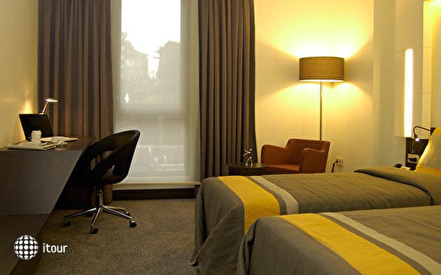 Caratpark Hotel 4