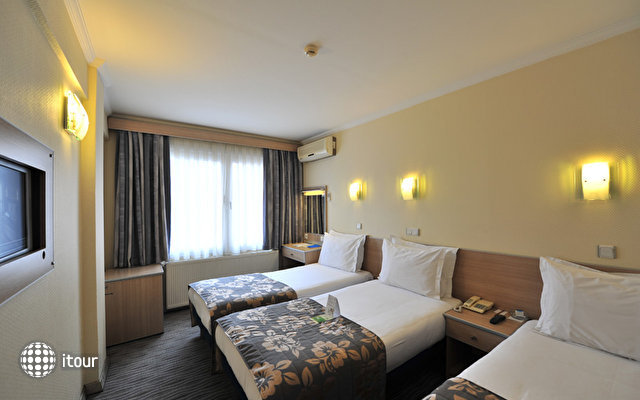 Hotel Olimpiyat 4