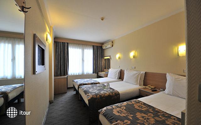 Hotel Olimpiyat 9