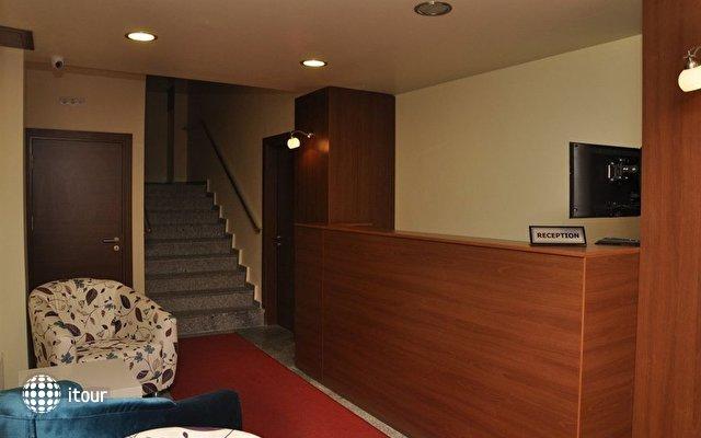 Comfort Suite Taksim Hotel  3
