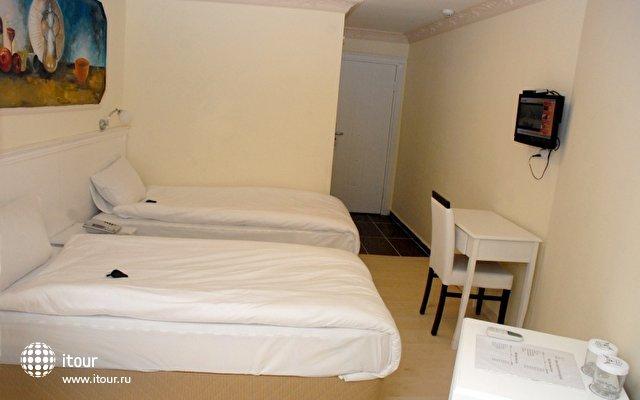 The Constantine Hotel 9