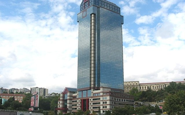 The Ritz Carlton 1