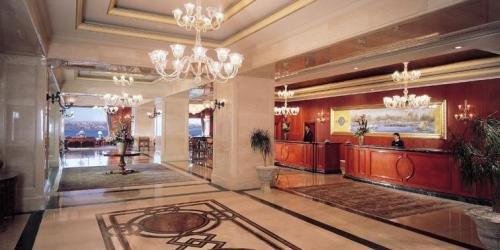 The Ritz Carlton 3