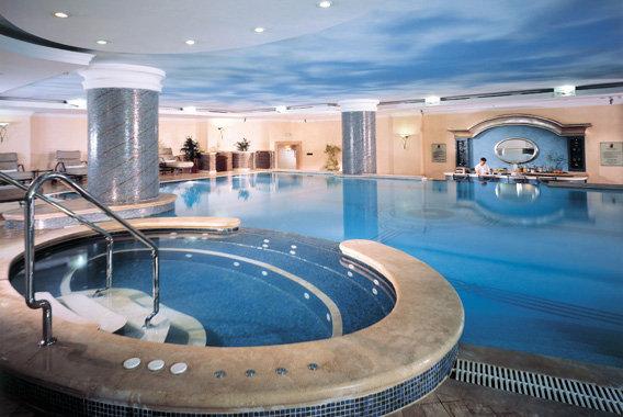 The Ritz Carlton 4