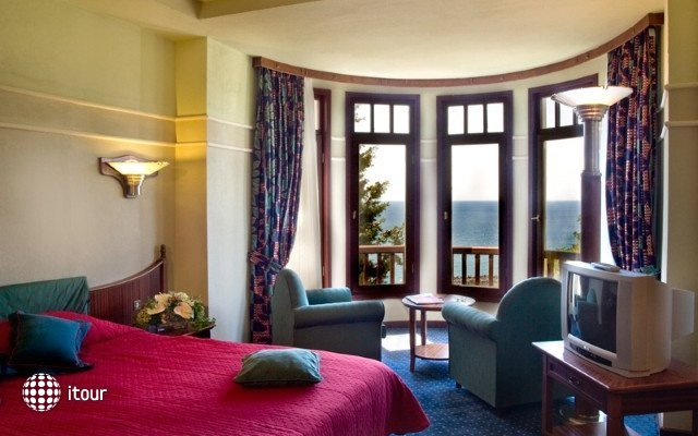 Klassis Resort Hotel 8