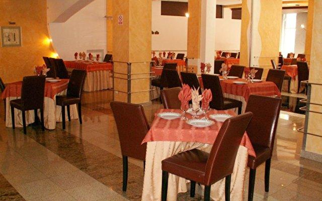 Cara Hotel    10