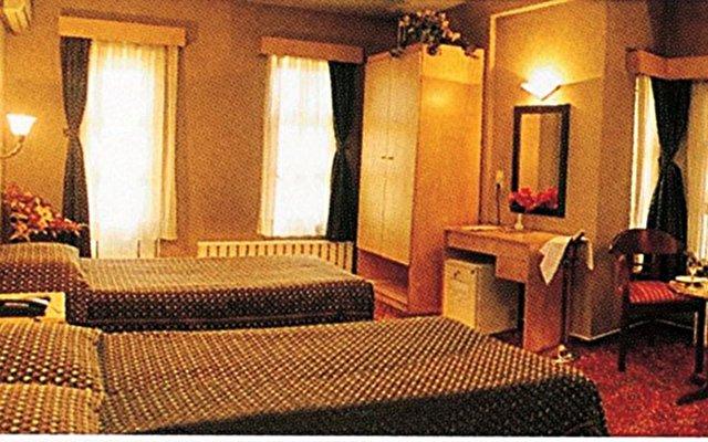 Sunlight Hotel 9