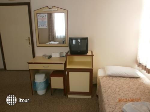 Ak Hotel 4