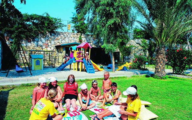 Club Gunes Garden 4