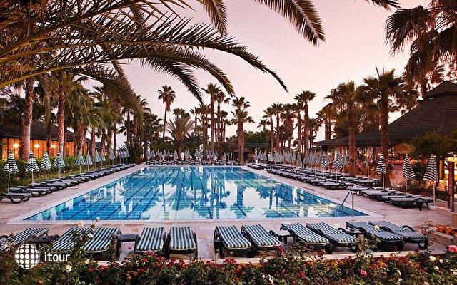 Meryan Hotel 4