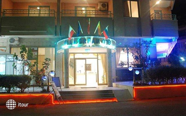 Blue Dream Hotel 3