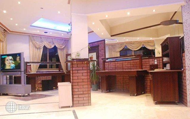 Blue Dream Hotel 10