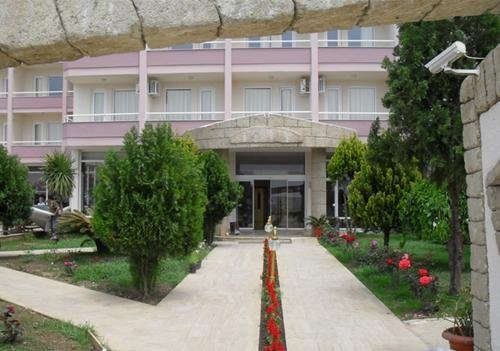Royal Ideal Beach Hotel 6