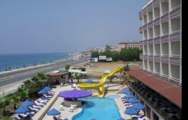 Royal Ideal Beach Hotel 8