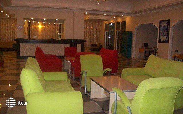 Club Bayar Beach 9