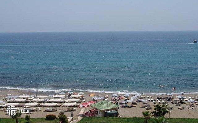 Club Bayar Beach 7