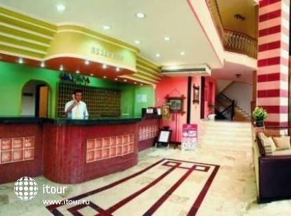 Xeno Hotel  Sonas Alpina 3