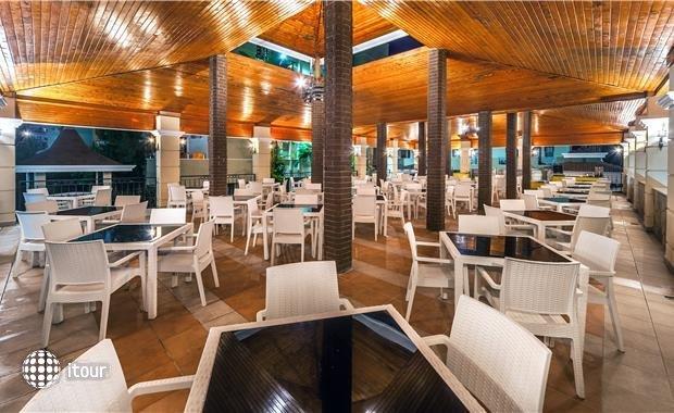 Saritas Hotel 8