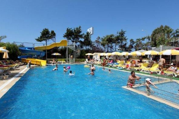 Merlin Beach Park Hotel 5