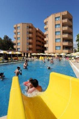 Merlin Beach Park Hotel 10