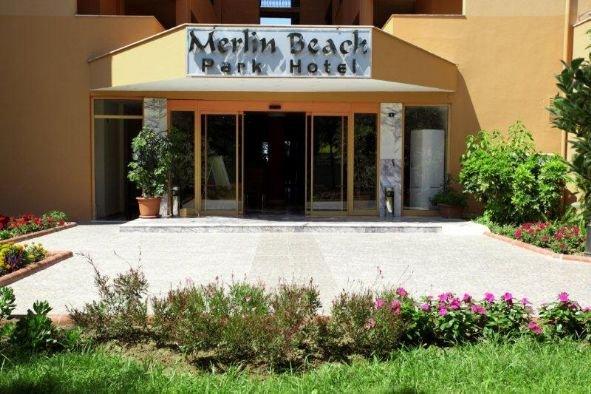 Merlin Beach Park Hotel 2
