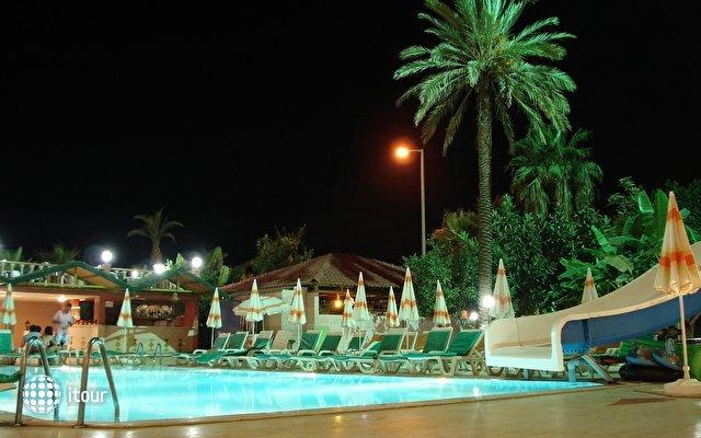 Grand Bayar Beach Hotel 4