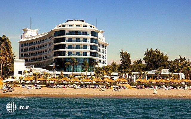 Q Premium Resort  2