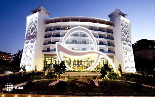 Q Premium Resort  3